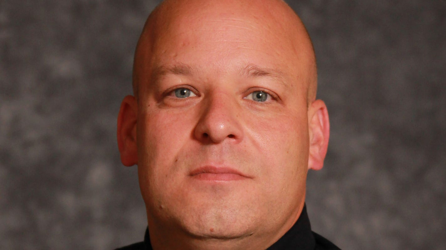 Bloomfield Hills sergeant dies at police station after cutting down tree