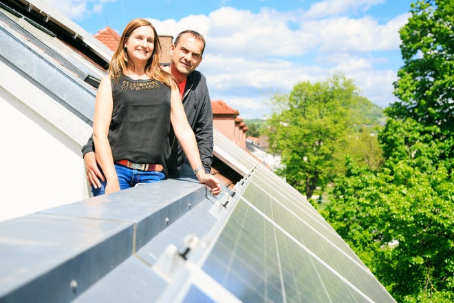 Installing a solar energy system during the COVID-19 crisis pays off in several big ways for homeowners.