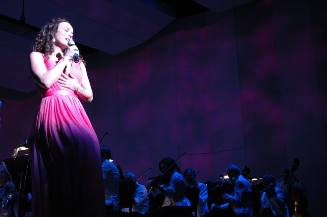 Broadway singer Melissa Errico performs with Gulf Coast Symphony in 2017.
