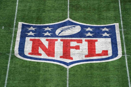 Kelly Stafford describes 'nightmare' COVID-19 scare involving husband Matthew, rips NFL