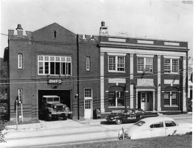 This image of Black Mountain shows 223 and 225 W. State Street from the 1950s.