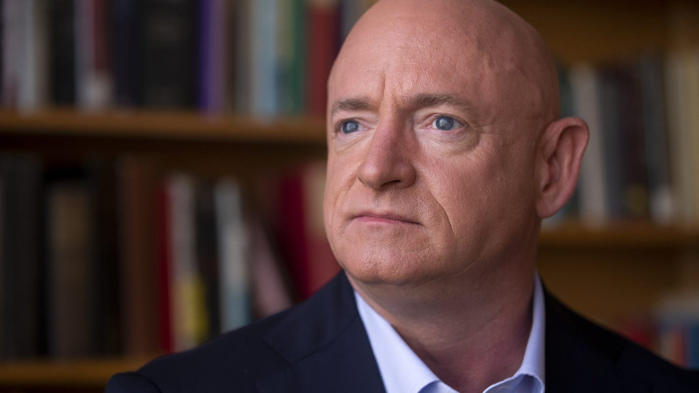 Arizona Senate candidate Mark Kelly could take office early if he wins, putting him in place for a court vote