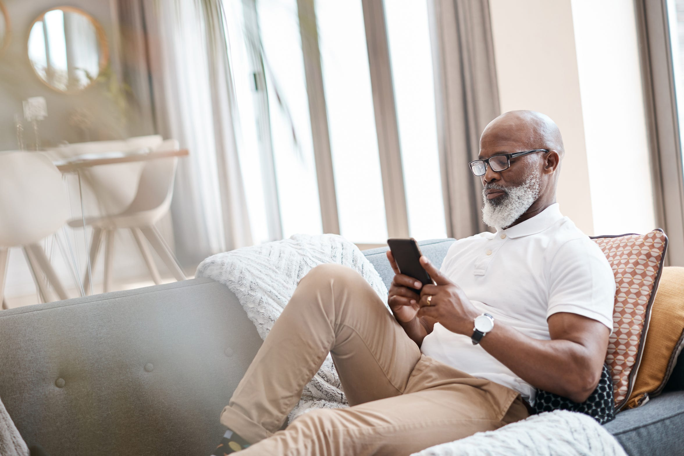 Mental health professionals predict that mobile apps for mental well-being will continue to evolve with new technology.