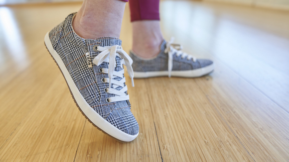Replace your worn-out sneakers with these clean and supportive ones!