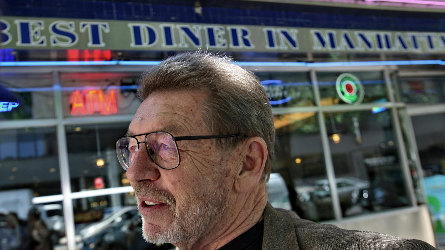 A farewell to legendary journalist Pete Hamill | Mike Kelly