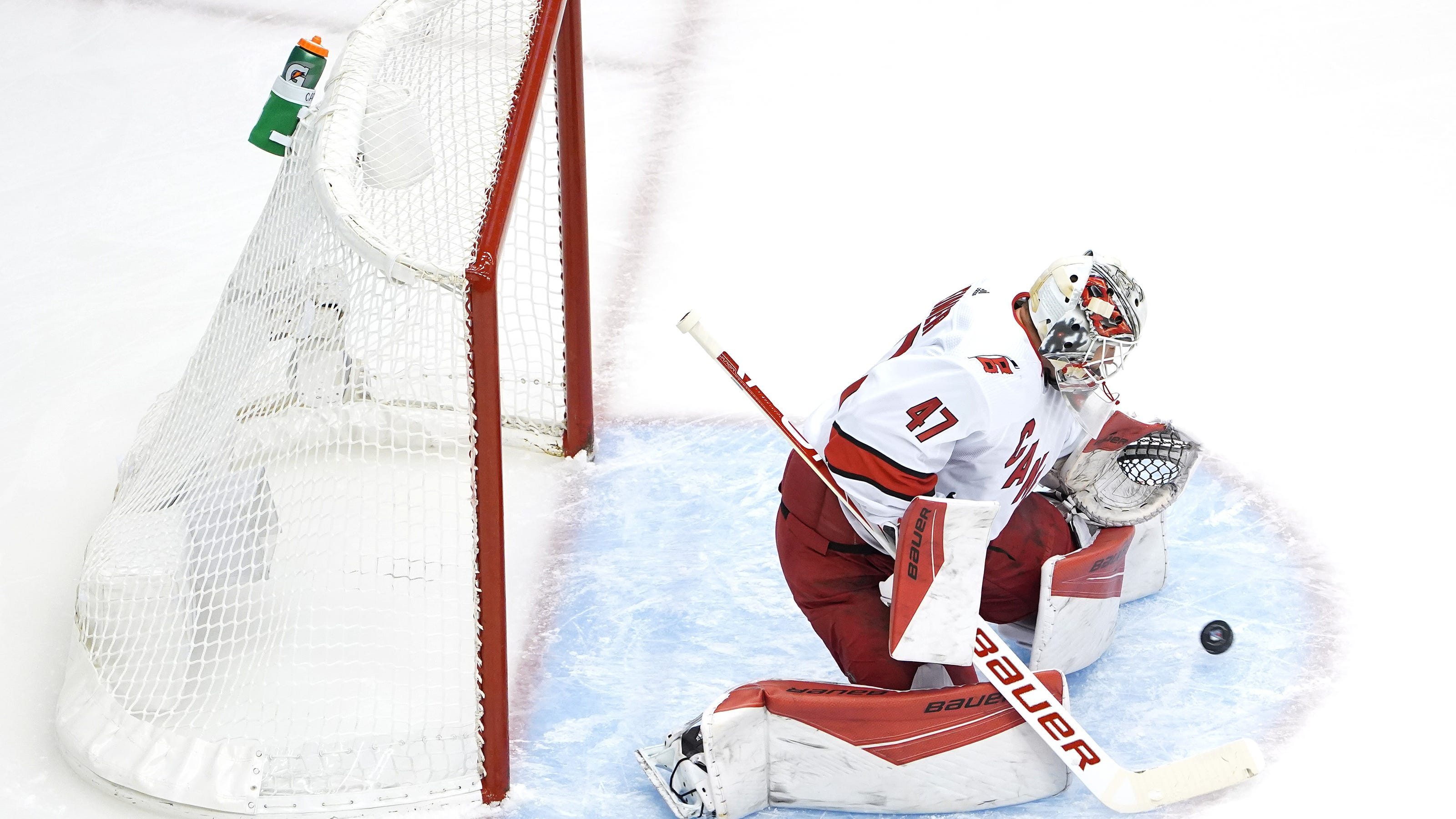 Nhl Playoffs Qualifying Hurricanes Advance With Sweep Of Rangers