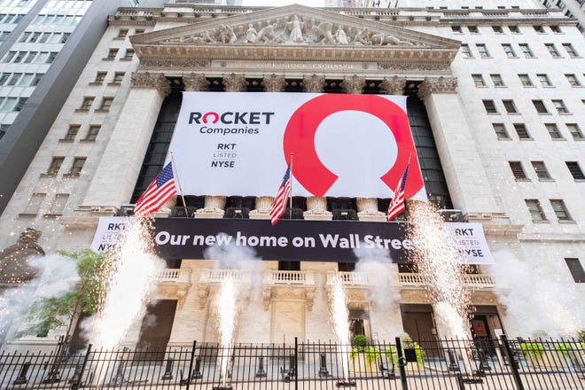 Rocket Companies, Inc. rings the opening bell on Aug. 6, 2020, at the New York Stock Exchange To honor the occasion, Dan Gilbert, Chairman, and Jay Farner, Chief Executive Officer, joined by Stacey Cunningham, President, NYSE, ring the NYSE Opening Bell®.