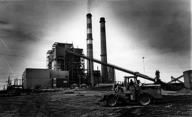 The city of Henderson's Station II power plant near Sebree went into commercial operation in 1973 with an installed capacity of 350,000 kilowatts. This Gleaner photo appears to date from when construction was nearing completion.The power plant was closed down permanently in February 2019.