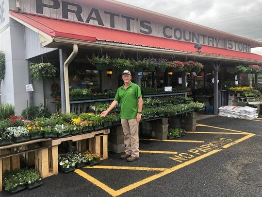 Pratt's Country Market sells Gregory's Greenhouse Productions.