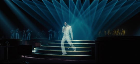 "Holograph Elvis haunts future Las Vegas in ""Blade Runner 2049."""