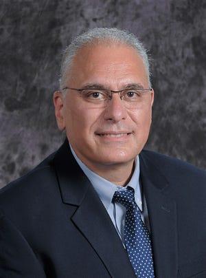 Dr. Maroun Mhanna