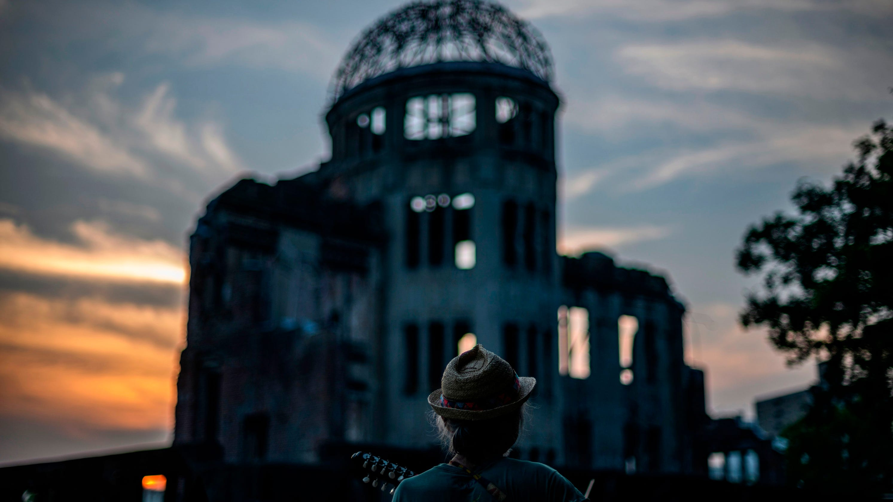 Hiroshima bombing turns 75, jobless claims, Tennessee primaries: 5 things to know Thursday