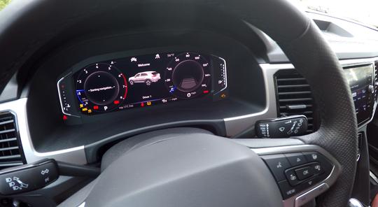 VW Atlas Cross Sport 'virtual cockpit' display