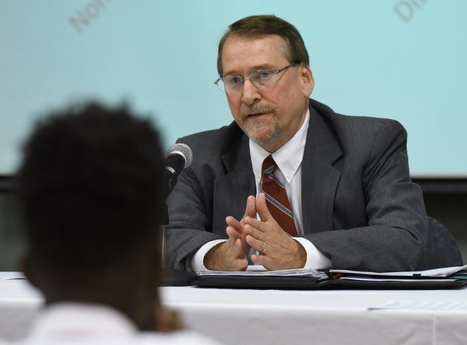 Rob Mason, the Juvenile Division Director of the Public Defender's office, speaks during a 2016 panel discussion at Jacksonville University. Mason died Saturday after a fall. [Bob Self/The Florida Times-Union]