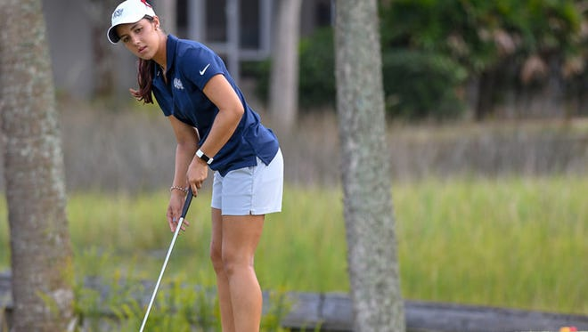 Mindy Herrick, a senior at the University of North Florida, is tied for ninth in the Florida Women's Open.