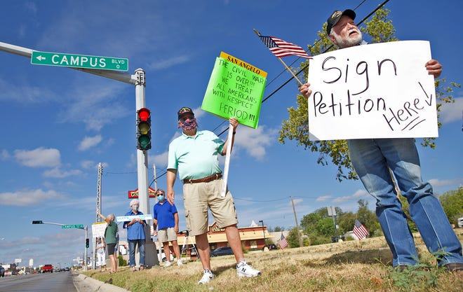 Demonstrators protest against changing the name of Lee Middle School in San Angelo on Saturday, Aug. 8, 2020.