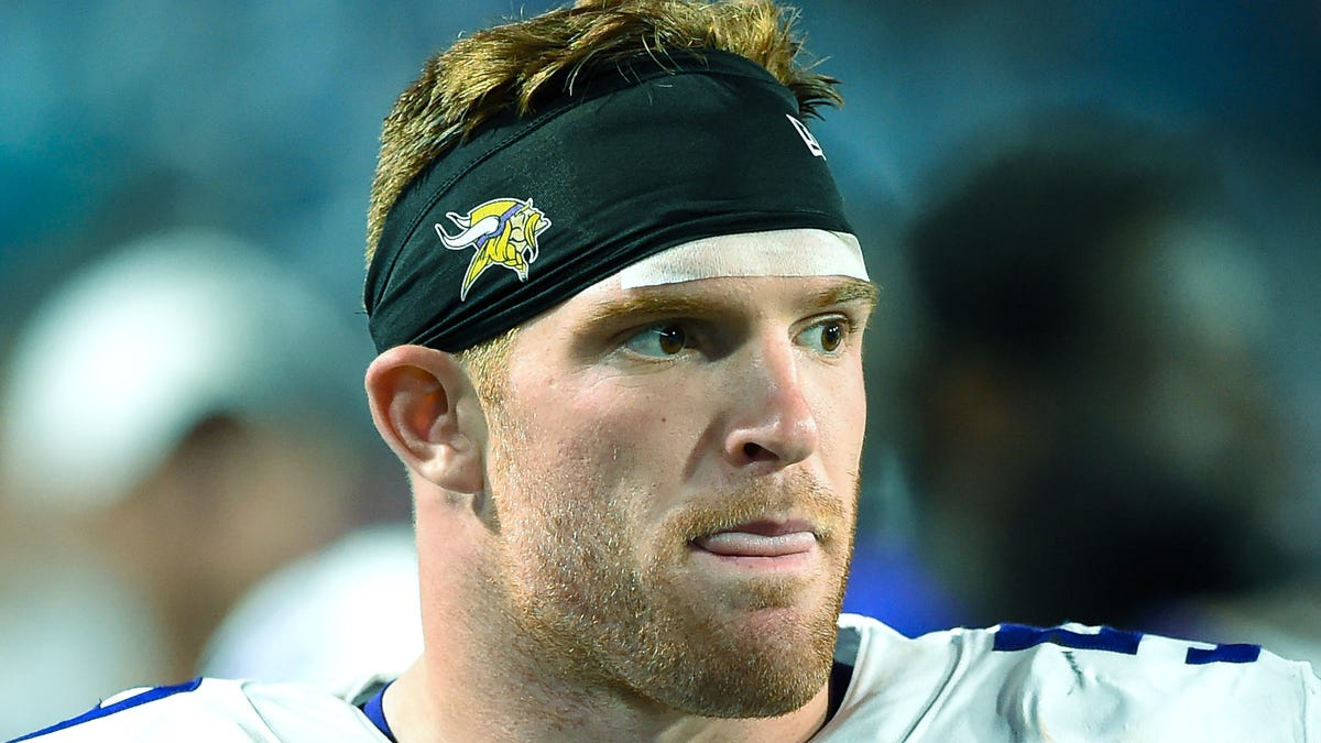 Vikings LB Cameron Smith, who returned to the field after open-heart surgery, retires from NFL