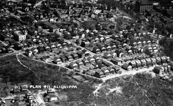Plan 11 is seen in the early 1930s. One of the original twelve plans developed by the Woodlawn Land Company, Plan 11 was home to many Italian immigrants.  Franklin Avenue can be seen on the right side of the frame.
