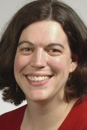 Melinda Deslatte