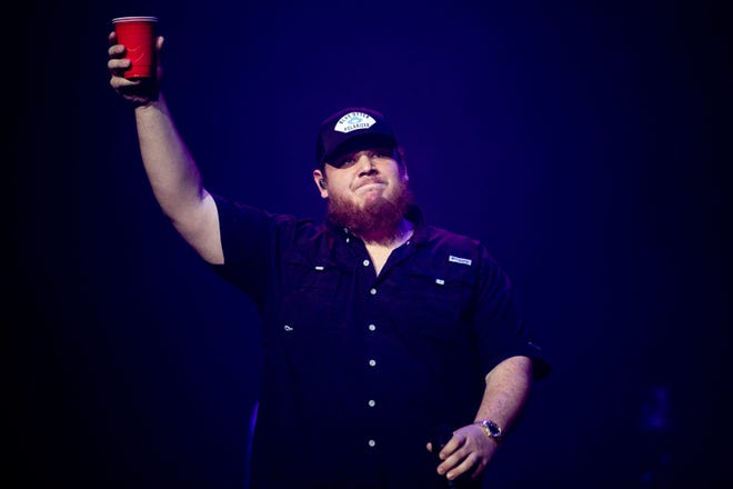 Country singer Luke Combs has rescheduled a show at Jacksonville's VyStar Veterans Memorial Arena to October 2021. [Andrew Nelles/Tennessean.com]