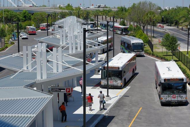 JTA buses use the new Jacksonville Regional Transportation Center in the LaVilla neighborhood. [Bob Self/Florida Times-Union]