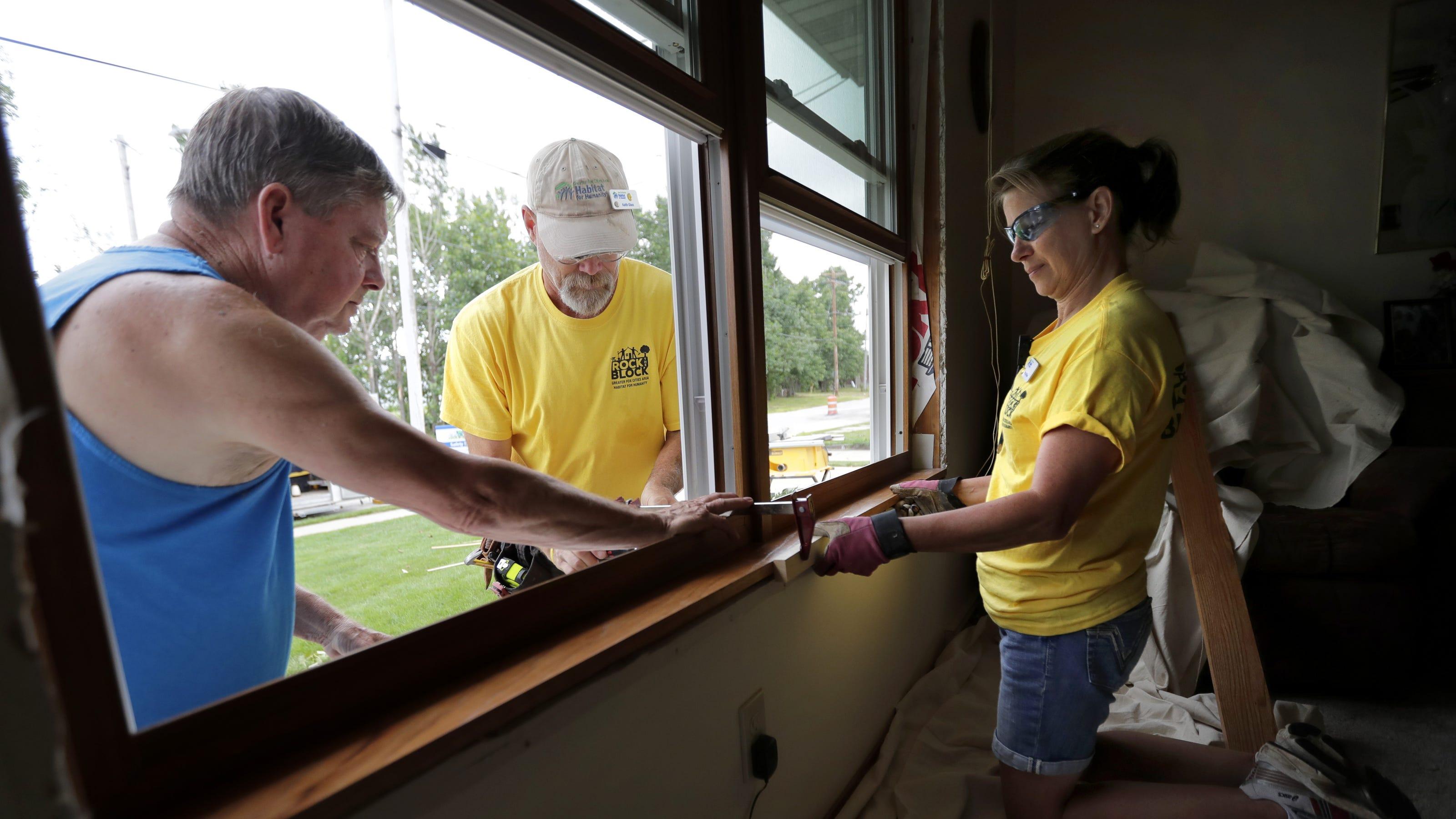 Rock The Block Seeks Funds To Repair 25 Homes In Appleton Neighborhood
