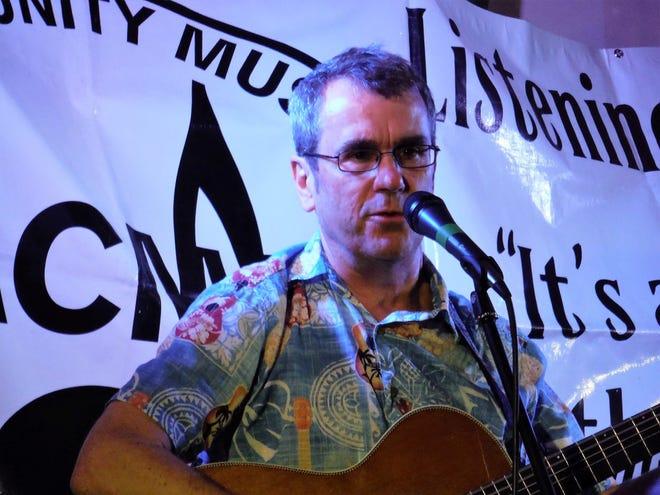 Singer-songwriter Bill Veach