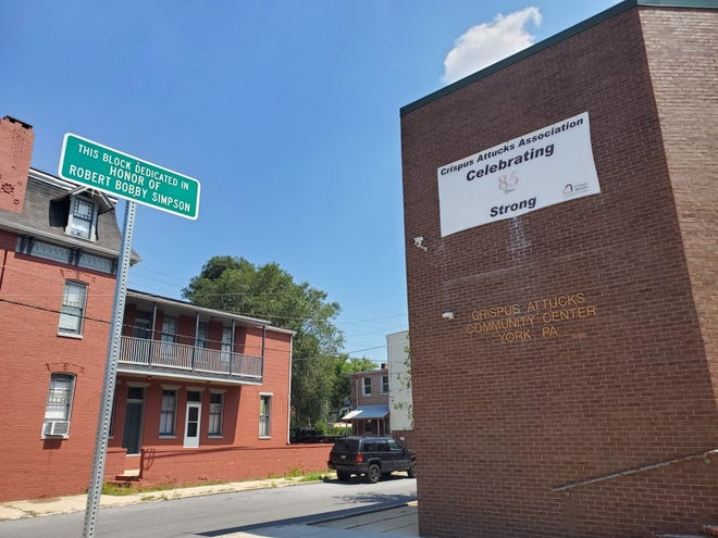 York City on Monday informally dedicated the 400 block of South Duke Street in honor of Bobby Simpson, executive director of the Crispus Attucks Association.