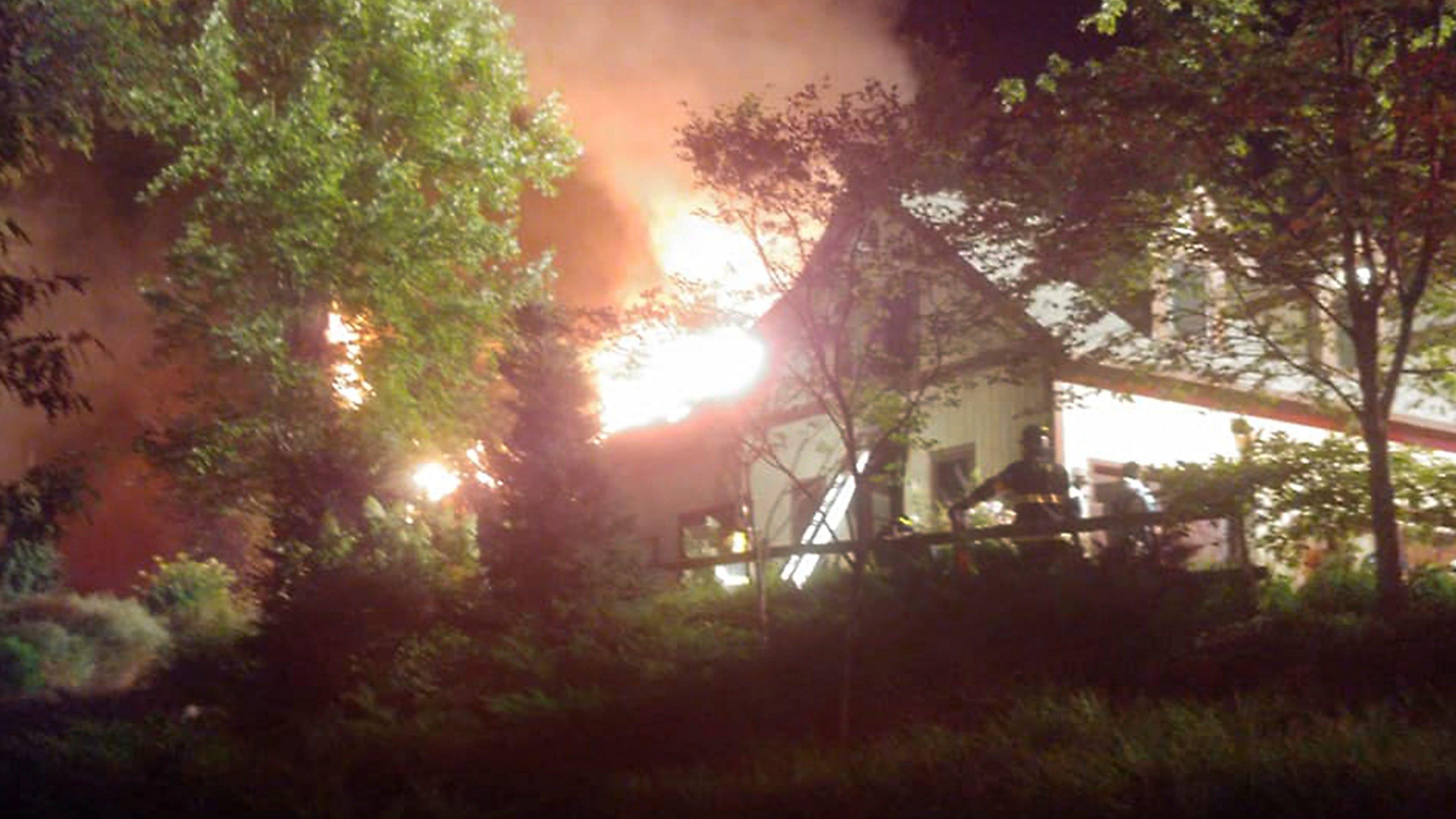 Rachael Ray house fire: TV host, family safe after fire at ...Rachael Ray House Fire Today