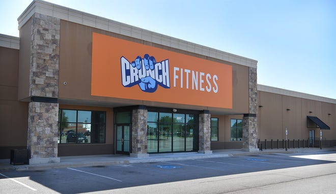 The Crunch Fitness franchise is opening a 40,000 -square foot gym in the former Gold's Gym in Parker Square and will begin selling memberships October 1st.