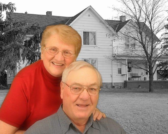 Bob and Susan by Sunnybook Farm farmhouse 2011.