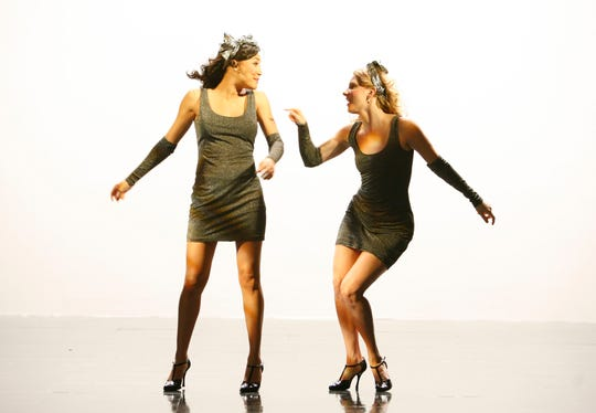 Santana (Naya Rivera) and Brittany (Heather Morris) perform