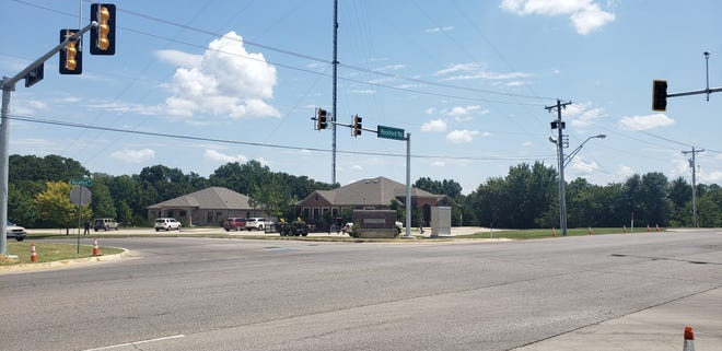 The stoplights at both Rockford Road and 4th Avenue NW and Rockford Road and Merrick Drive have both recently been installed. They will be operational within 30 to 45 days.