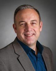 Mark Dickens, GM Defense chief engineer