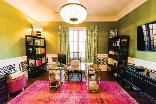 Make your workday fun with a vivacious Home-Office.