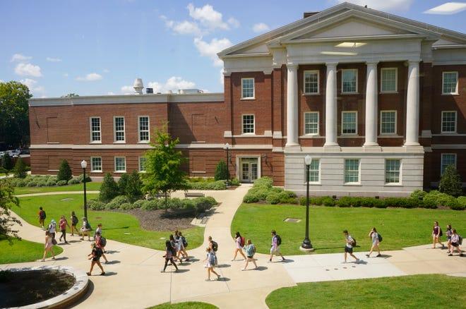 University Of Alabama Christmas Break 2020 University of Alabama suspends students for breaking COVID 19 rules