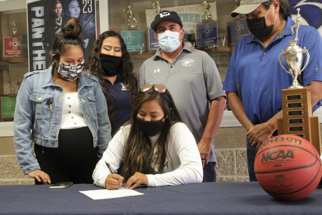 Piedra Vista's Hallie Blackie signs her National Letter of Intent on Tuesday, Aug. 11, 2020 to continue her basketball career at University of the Southwest in Hobbs.