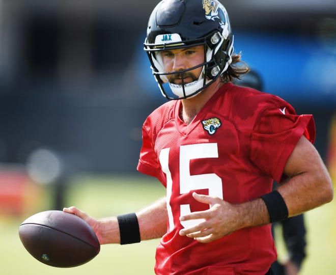Jaguars quarterback Gardner Minshew II goes through his paces during the team's practice on Wednesday.
