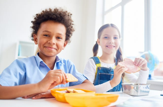 These after-school snacks satisfy your kids until dinner.