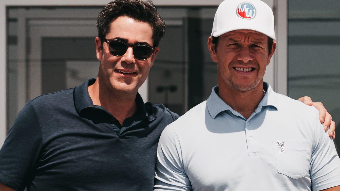 How actor Mark Wahlberg, Detroit car dealer became best friends, business partners