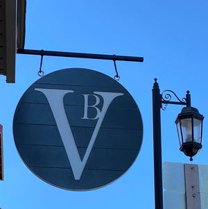 Violet Blue, a home decor and furniture boutique, has opened in Oconomowoc.