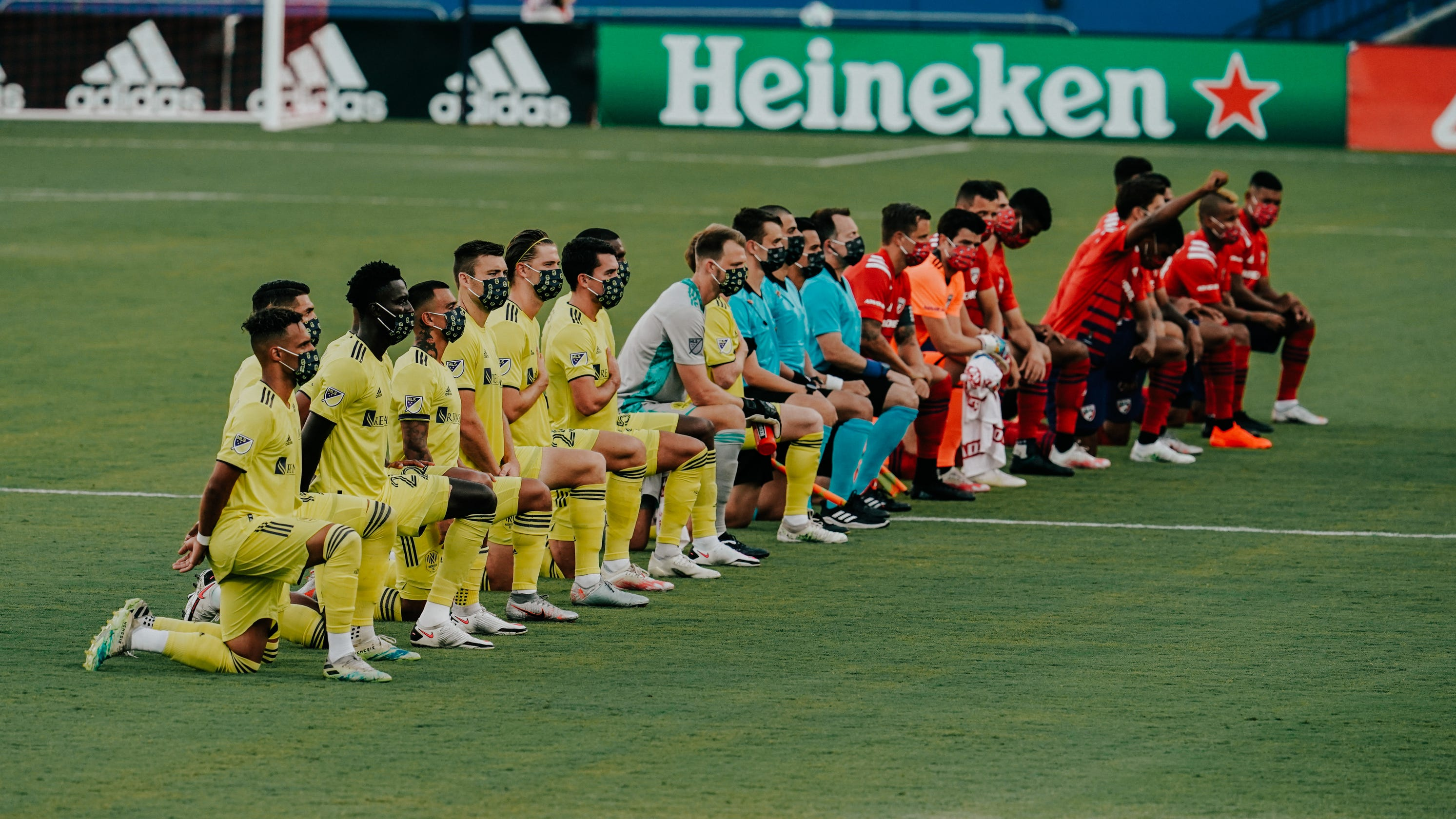 Fans boo, chant 'USA' when Nashville SC, FC Dallas players kneel during national anthem