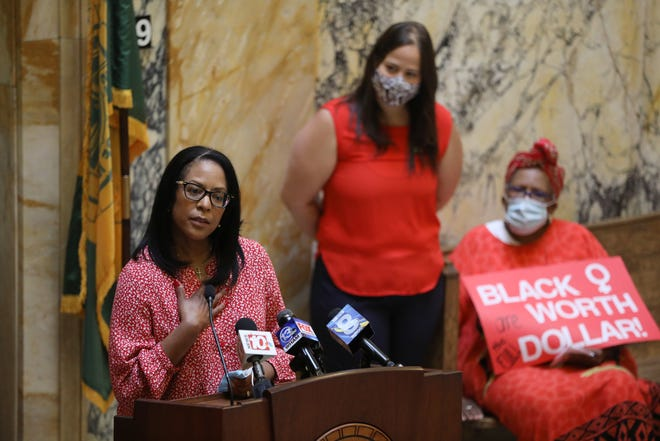 The Pay Equity Coalition of Rochester held a news conference to raise awareness on how Black women get paid less. Dorothy Evans-Flaherty, a SUNY Brockport employee talks about her own pay inequity issue.