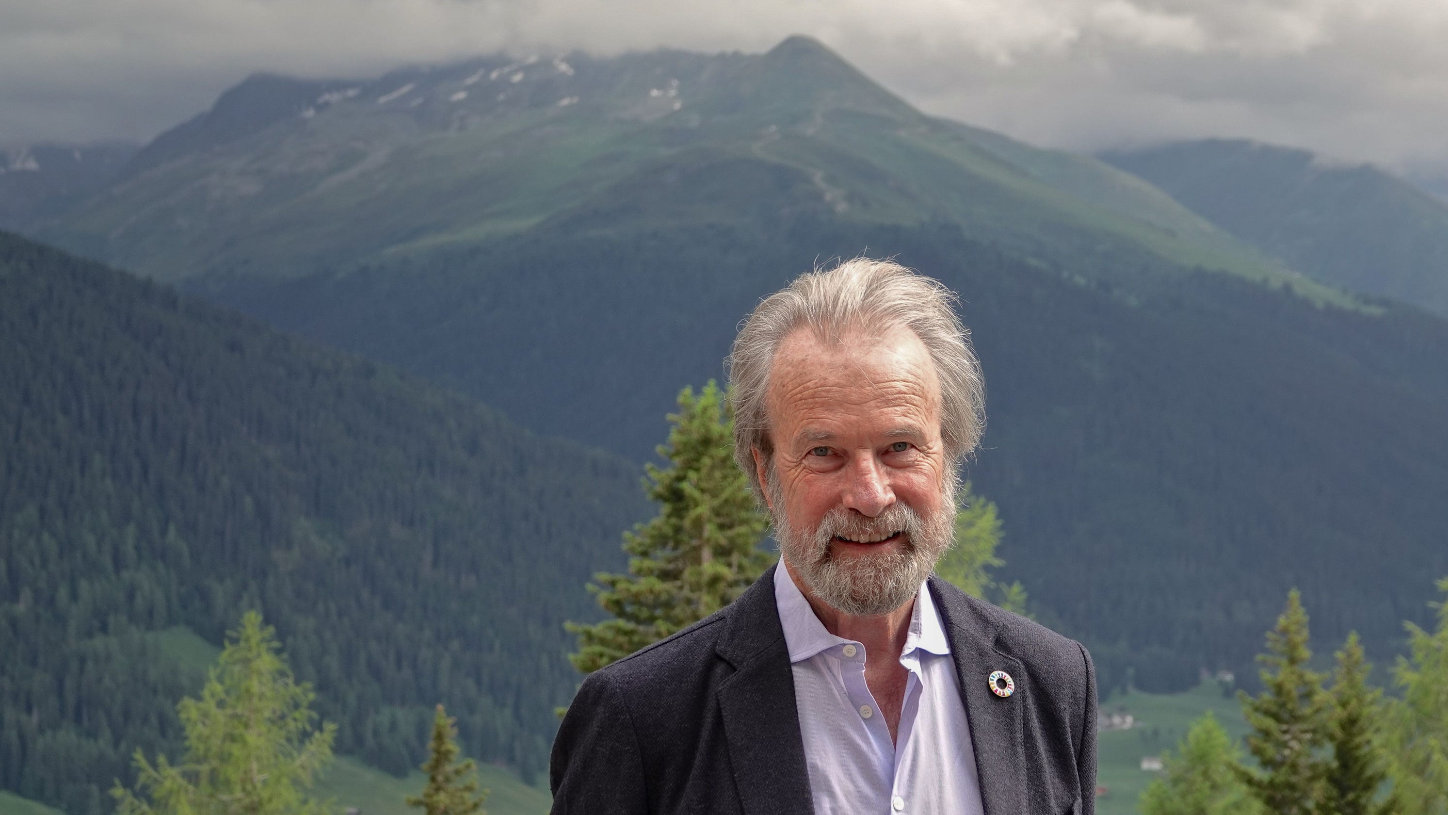 Renowned climate scientist Konrad Steffen dies after falling through ice in Greenland