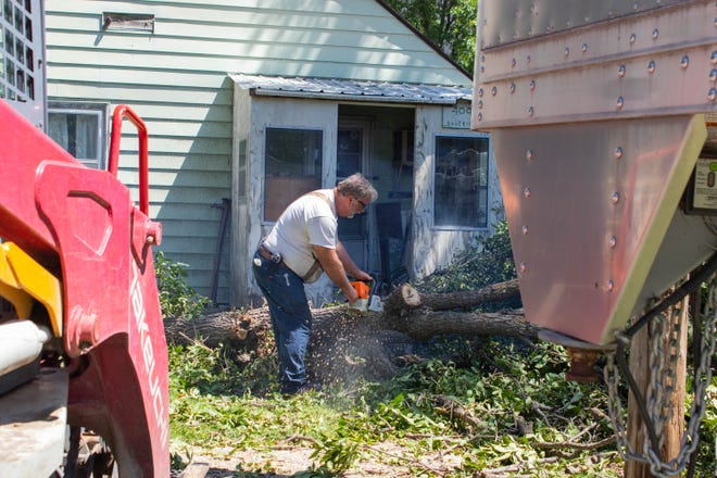 Iowa Derecho City Of Minburn Works To Clean Up Storm Debris