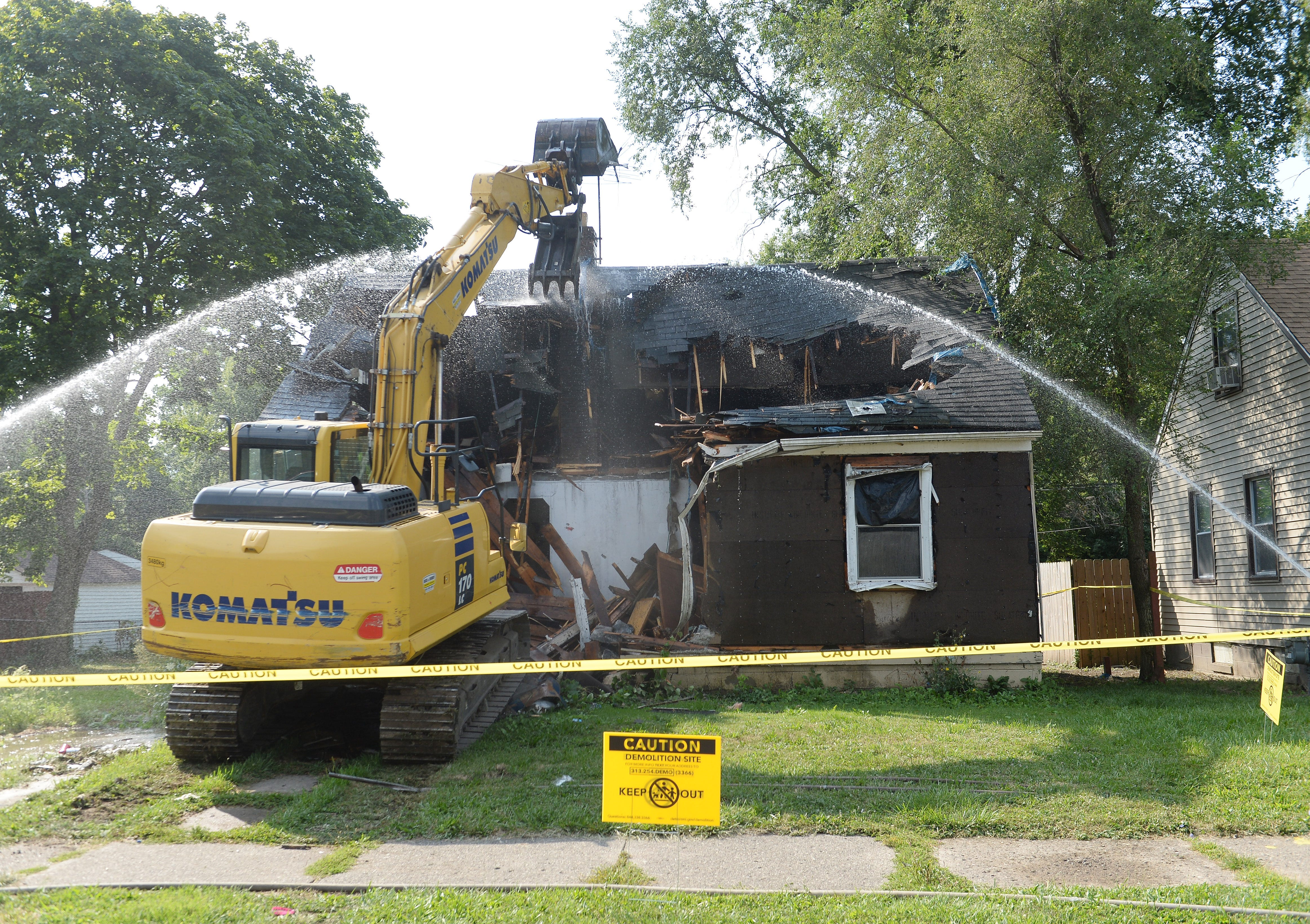 Black-owned Detroit companies get half of demolition funds