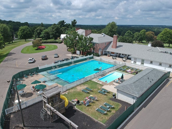Westbrook Country Club is investing $2.5 million on a new swimming pool complex and clubhouse renovations.