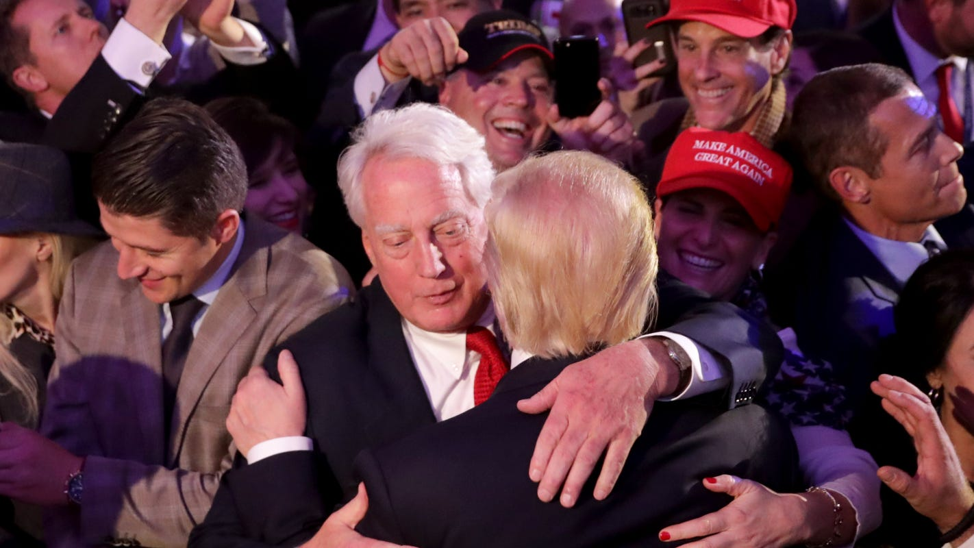President Trump's brother Robert is hospitalized amid reports he is 'very ill,' White House says