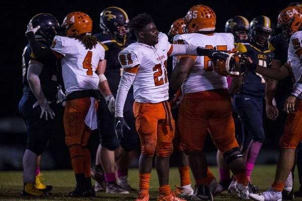 South View's Donta Autry (21) is the top returning tackler in the county.