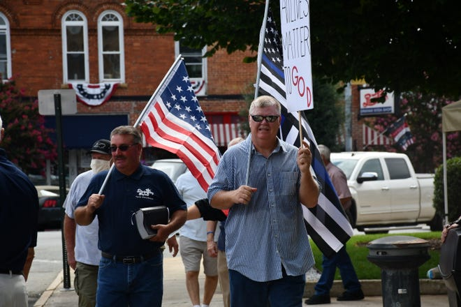 People gathered in Court Square on Saturday, Aug. 13 to support the police at a rally organized by Straightway Baptist Church.